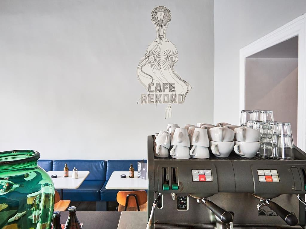 13 gemütliche cafés in düsseldorf die zum chillen einladen